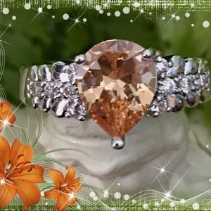 Jewelry - 🌺🌴🌺 MORGANITE AND TOPAZ RING 🌺🌴🌺